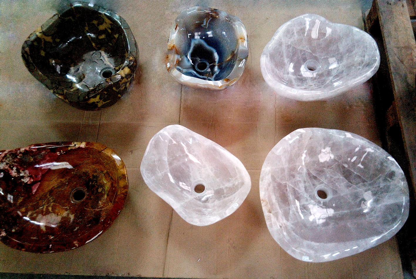 Assorted Decoration Sinks Carved In Different Stones (Agate, Jaspers,  Quartz Crystal, Rose Quartzes And Others). Elegant Uniqueness For  Multi Purpose ...